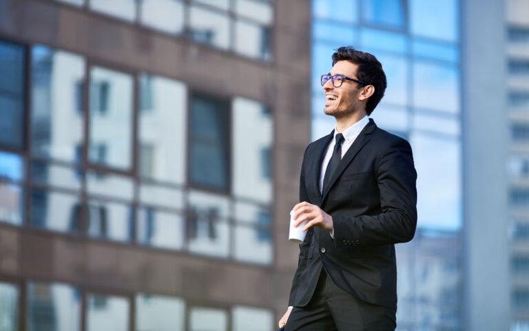 Wzrost wartości sprzedaży i udziałów w rynku. Wdrożenia i rezultaty Strategy&Results - skutecznie zwiększamy rentowność, zaangażowanie i efektywność zespołów.